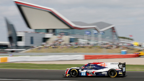 Random mishap with fire extinguisher ends Silverstone hopes for Phil Hanson